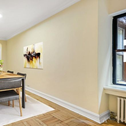 Rent this 1 bed apartment on 235 East 46th Street in New York, NY 10017