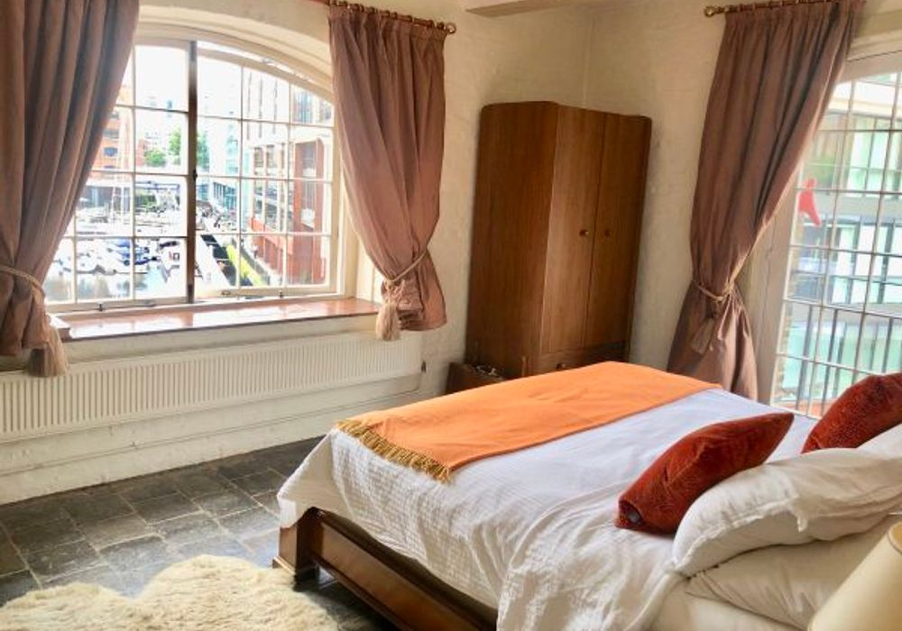 4 bed apartment at Ivory House, East Smithfield, London ...