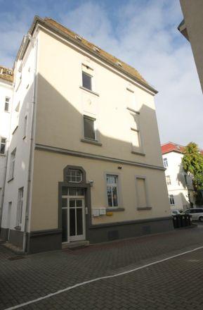 Rent this 5 bed apartment on Schiffsspielplatz in Elsterradweg, 07548 Gera