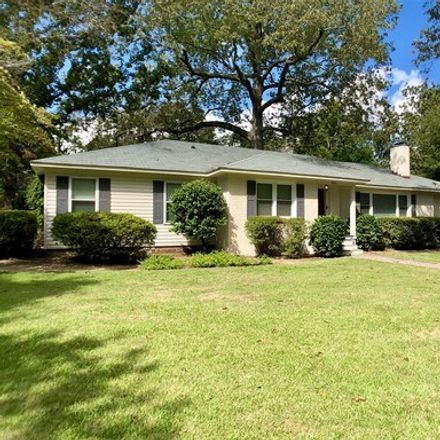 Rent this 4 bed apartment on Dunbarton Circle Southeast in Aiken, SC 29803