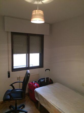 Rent this 4 bed room on Teatro-auditorio Adolfo Marsillach in Avenida de Baunatal, 28701 San Sebastián de los Reyes