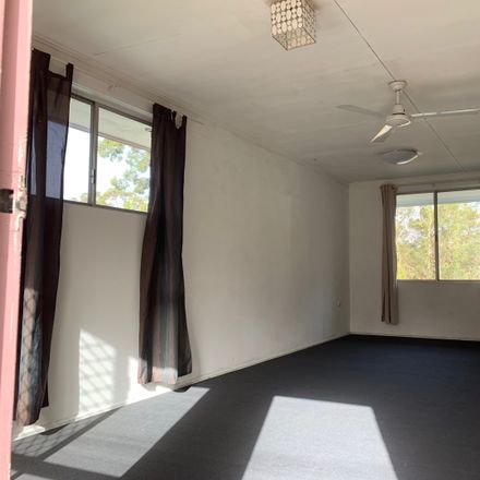 Rent this 2 bed apartment on 1/738 Moggill Road