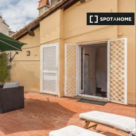 Rent this 2 bed apartment on Via dei Cappellari in 53, 0186 Rome Roma Capitale