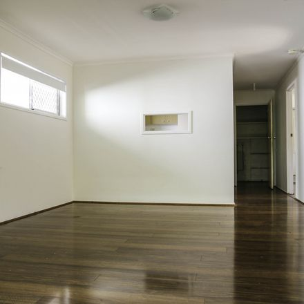 Rent this 2 bed duplex on 2/43 William Street