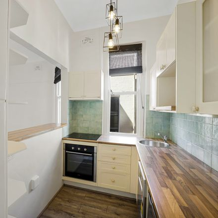 Rent this 1 bed apartment on 19/22-24 Kings Cross Rd