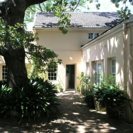 Rent this 3 bed house on St. Cyprian's School in Sophia Street, Oranjezicht