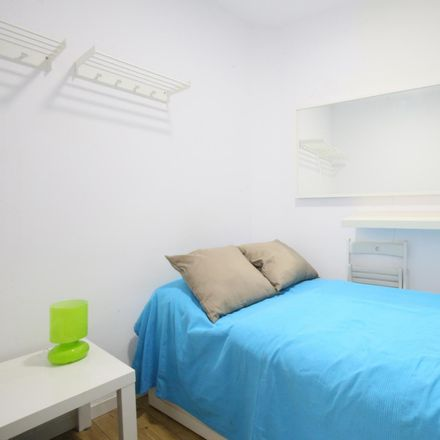 Rent this 2 bed apartment on Plaza Mayor in Calle de Gerona, 4