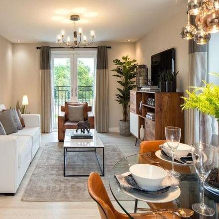 Rent this 2 bed apartment on Winnington Avenue in Winnington, CW8 4ZD