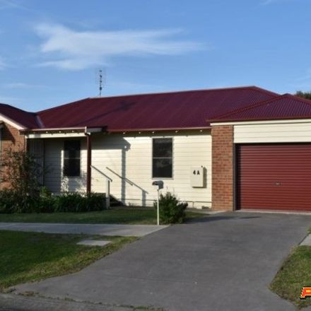 Rent this 3 bed house on 4A Quarry Street