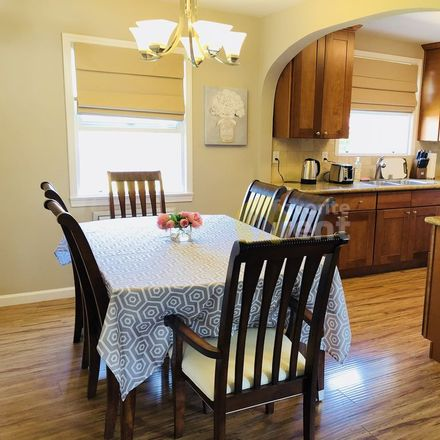 Rent this 3 bed apartment on 928 North 7th Street in San Jose, CA 95112