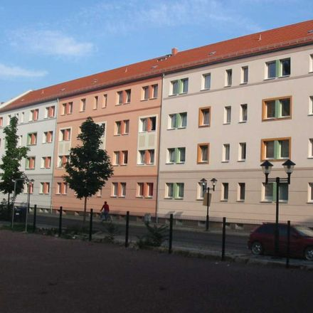 Rent this 2 bed apartment on Bahnhofstraße 18 in 01796 Pirna, Germany