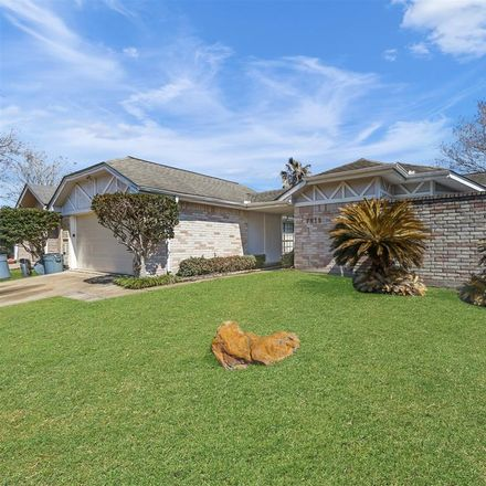 Rent this 3 bed house on 7915 Golondrina Dr in Houston, TX