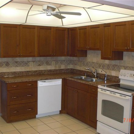 Rent this 2 bed condo on 30th Ave W in Bradenton, FL