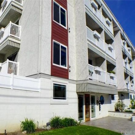 Rent this 1 bed condo on 363 Newport Avenue in Long Beach, CA 90814