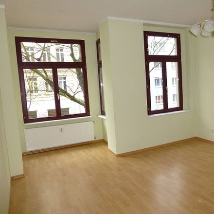 Rent this 3 bed apartment on Annastraße 37 in 39108 Magdeburg, Germany