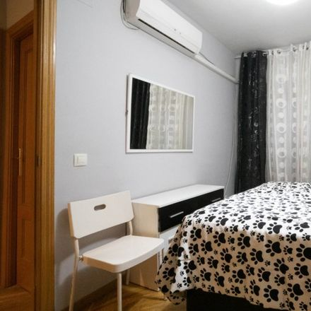 Rent this 3 bed apartment on Calle Ramón y Cajal in 28902 Getafe, Spain