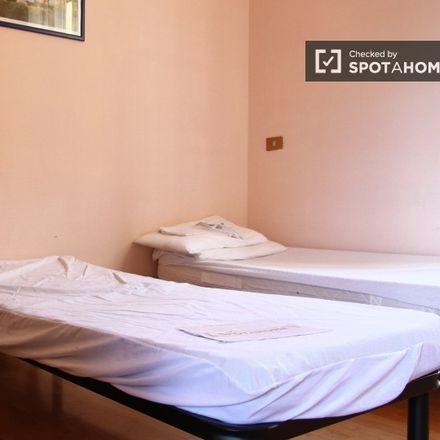 Rent this 2 bed apartment on Felt Music Club & School in Via degli Ausoni, 84