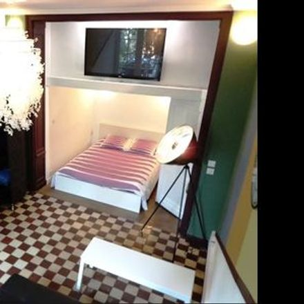 Rent this 1 bed apartment on 10 Rue de Brigode in 59000 Lille, France
