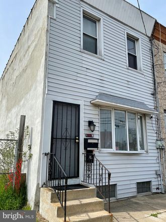 Rent this 3 bed townhouse on 929 South 3rd Street in Camden, NJ 08103