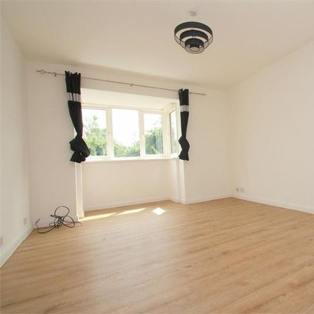 Rent this 2 bed apartment on Spring Park in Southlea SL3 9EW, United Kingdom