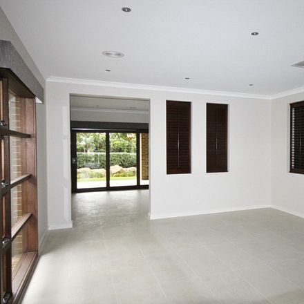 Rent this 4 bed house on 1 Dalrymple Boulevard