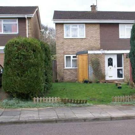 Rent this 4 bed house on Brompton Close in Luton LU3 3QT, United Kingdom