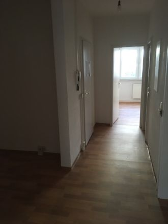 Rent this 2 bed apartment on Eichenstraße 5 in 07549 Gera, Germany