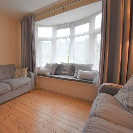 Rent this 3 bed house on 121 Faversham Road in Ashford TN24 9DE, United Kingdom