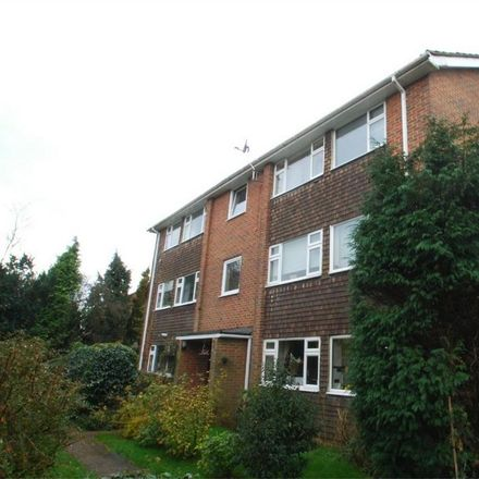 Rent this 2 bed apartment on Robins Close in Maidstone ME17 2LE, United Kingdom