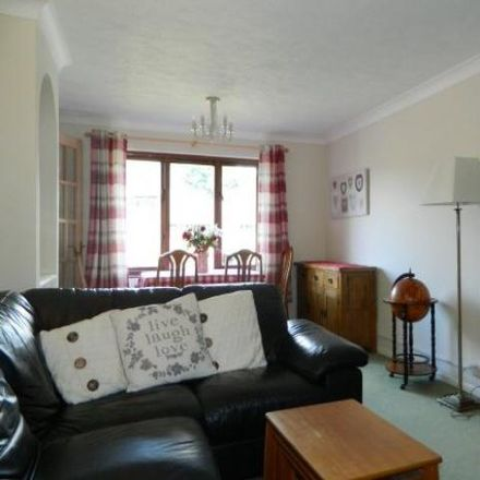 Rent this 2 bed apartment on Wallis Way in Horsham RH13 6SS, United Kingdom