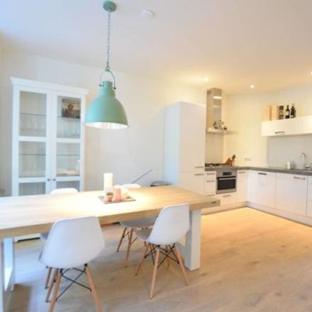 Rent this 3 bed apartment on Westlandgracht 157-1 in 1059 TH Amsterdam, Netherlands
