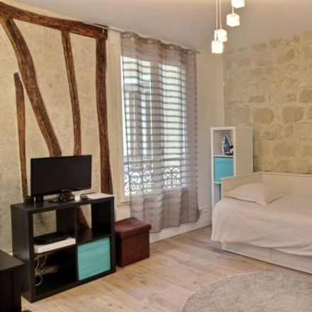 Rent this 1 bed apartment on 11 Rue Ramey in 75018 Paris, France