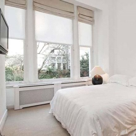 Rent this 2 bed apartment on 19a Wetherby Gardens in London SW5, United Kingdom
