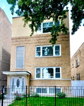 Rent this 3 bed condo on 6427 North Albany Avenue in Chicago, IL 60659