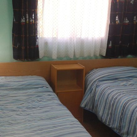 Rent this 2 bed room on Calle de la Concha in 56, 28300 Aranjuez