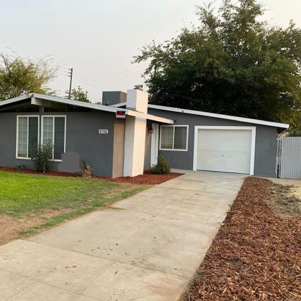 Rent this 3 bed house on 4792 East Lyell Avenue in Fresno, CA 93702
