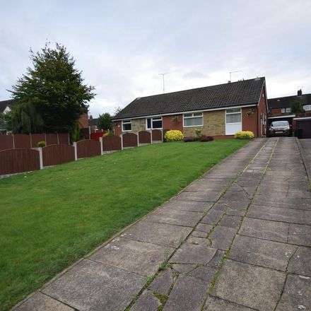 Rent this 2 bed house on Douglas Road in Newcastle-under-Lyme ST5 9BP, United Kingdom