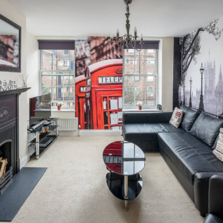 Rent this 2 bed apartment on Harbledown House in Manciple Street, London SE1 4AP