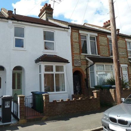 Rent this 3 bed house on Sir Elton John Stand in Liverpool Road, Watford WD18 0DW