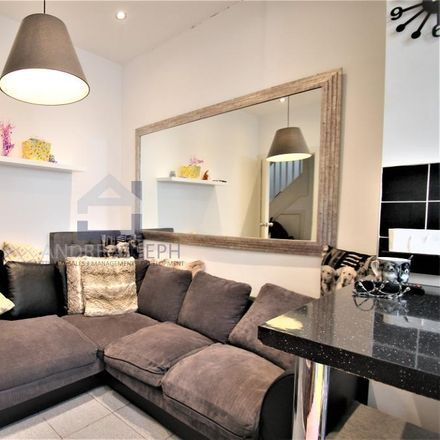 Rent this 2 bed apartment on Toast & Rack in 314 Trinity Road, London SW18 3RG