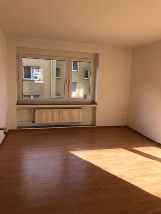 Rent this 3 bed apartment on Hermann-Albertz-Straße 200 in 46045 Oberhausen, Germany