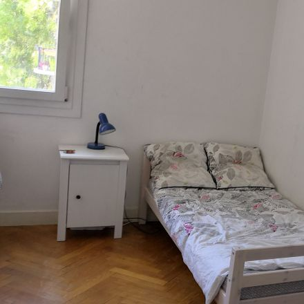 Rent this 3 bed room on Place de la Gare du S in 06000 Nice, France