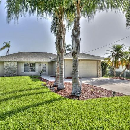 Rent this 2 bed house on Cocos Dr in Fort Myers, FL