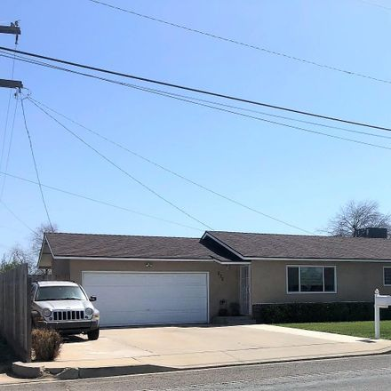 Rent this 3 bed house on 630 South Pratt Street in Tulare, CA 93274