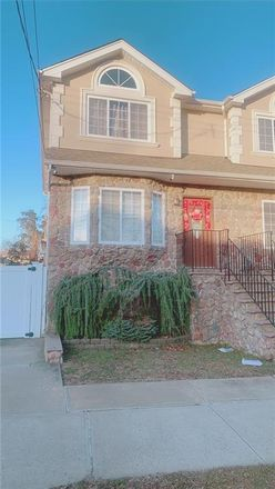 Rent this 3 bed house on 53 Oceanic Avenue in New York, NY 10312