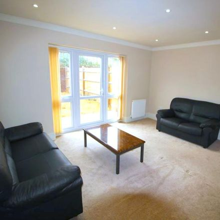 Rent this 4 bed house on 17 Chaucer Way in Slough SL1 3QH, United Kingdom