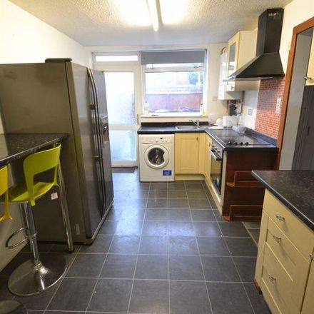 Rent this 4 bed house on Brymore Close in Canterbury CT1 1JA, United Kingdom
