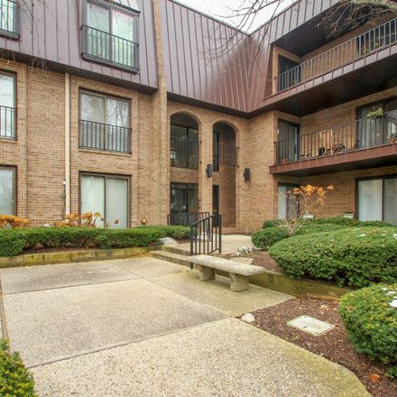 Rent this 2 bed condo on The Court of Harborside in Northbrook, IL