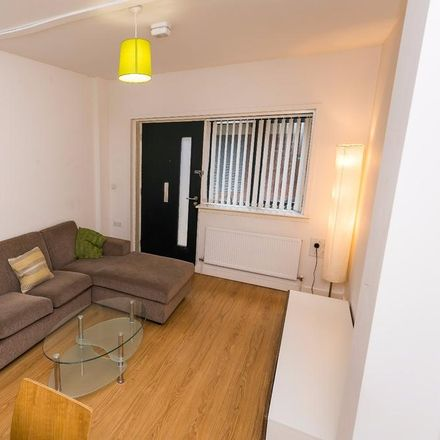 Rent this 2 bed house on Cornhill in Liverpool L1 8DE, United Kingdom
