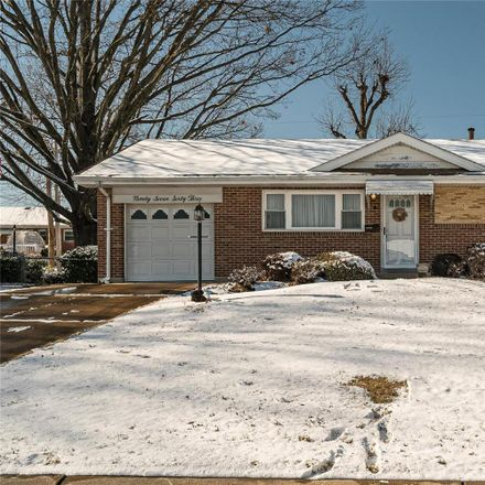 Rent this 3 bed house on 9763 Jomel Drive in Affton, MO 63123